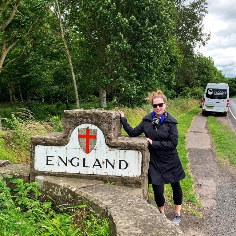 Solo female traveler in England United Kingdom